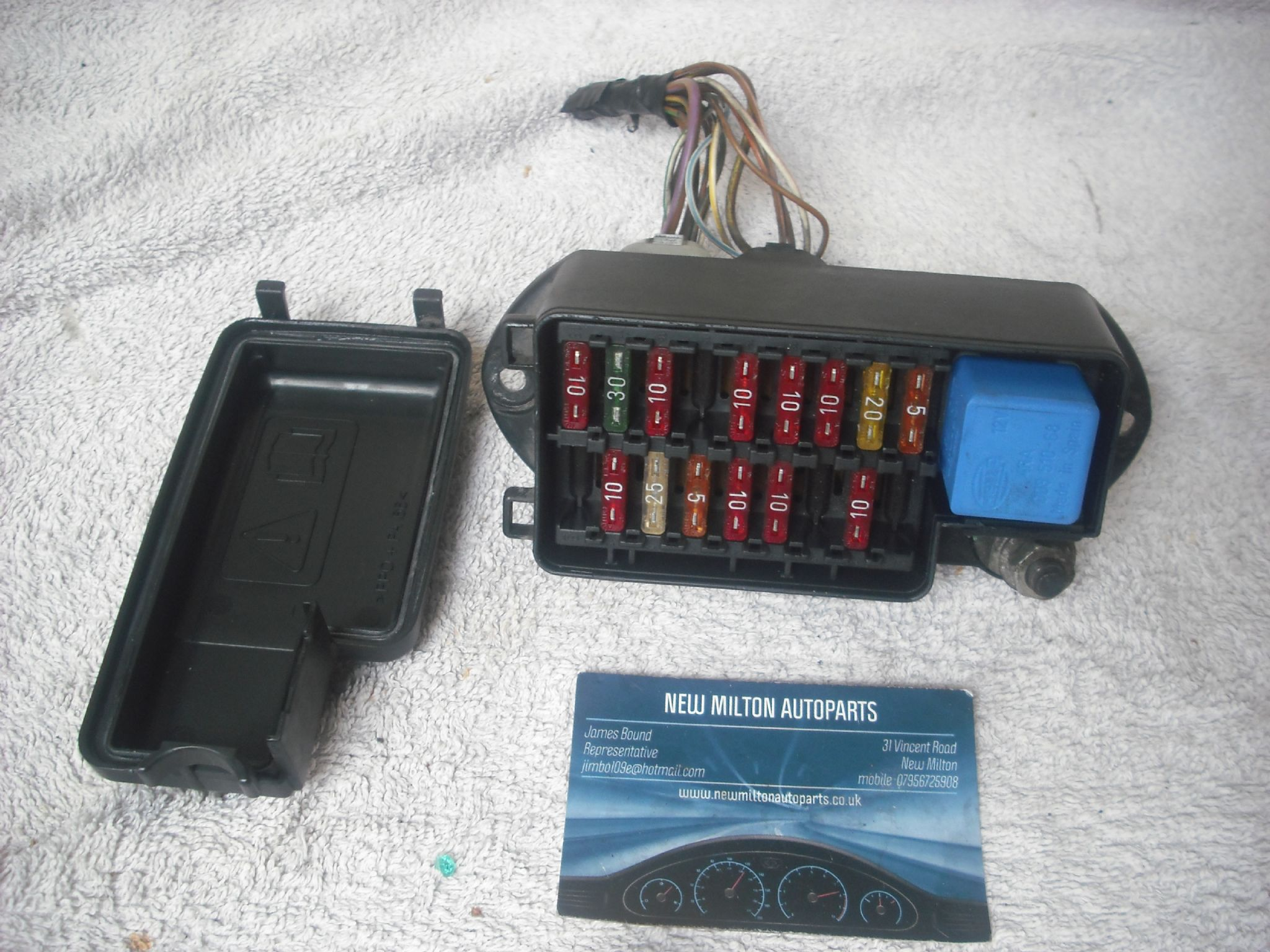 x300 fuse box a genuine jaguar xj6 x300 under bonnet 18 way fuse box lna ... isuzu box truck fuse box #10