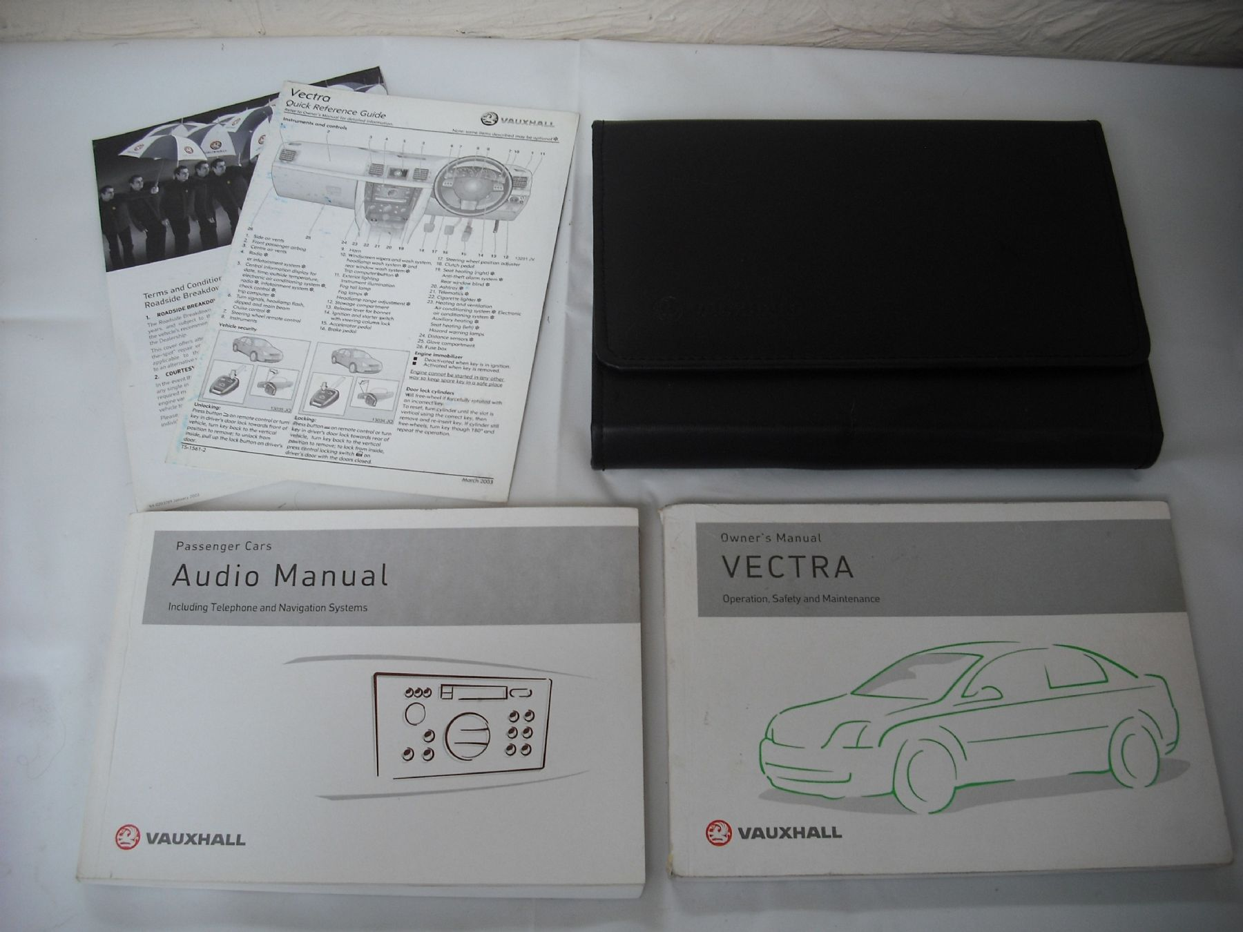a genuine vauxhall vectra c handbook owners driving instruction rh 2cb6df 39 ekmpowershop net 2003 opel zafira owners manual Vauxhall Corsa