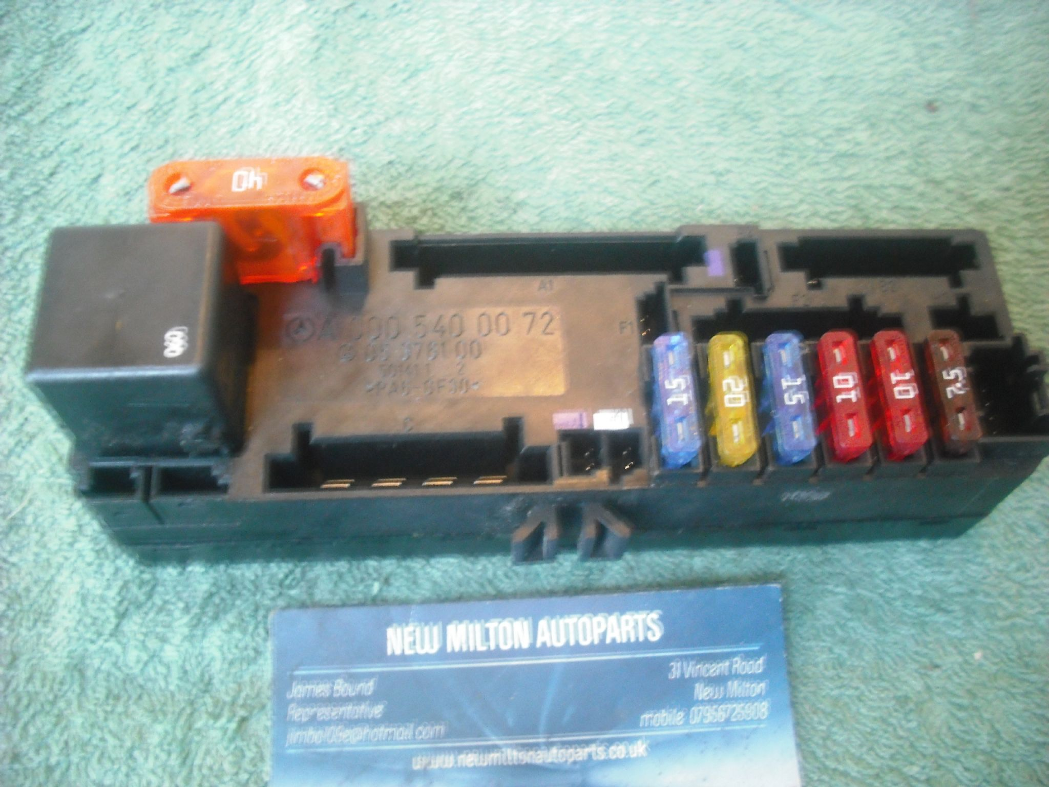 MERCEDES W202 C CLASS FUSE BOX OVERLOAD RELAY FUSE BOX MODULE A 000 540 03  72