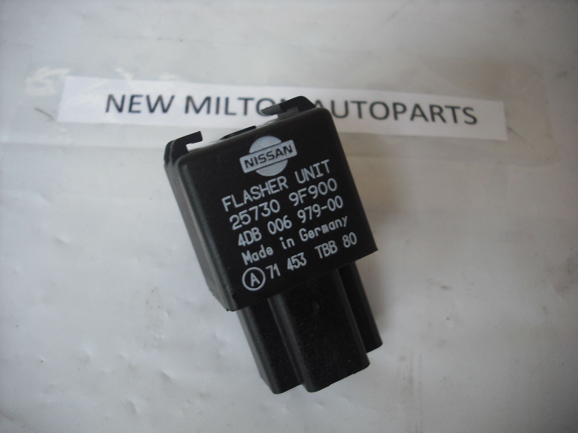 Nissan Terrano 2 Indicator Flasher Relay 25730 9f900