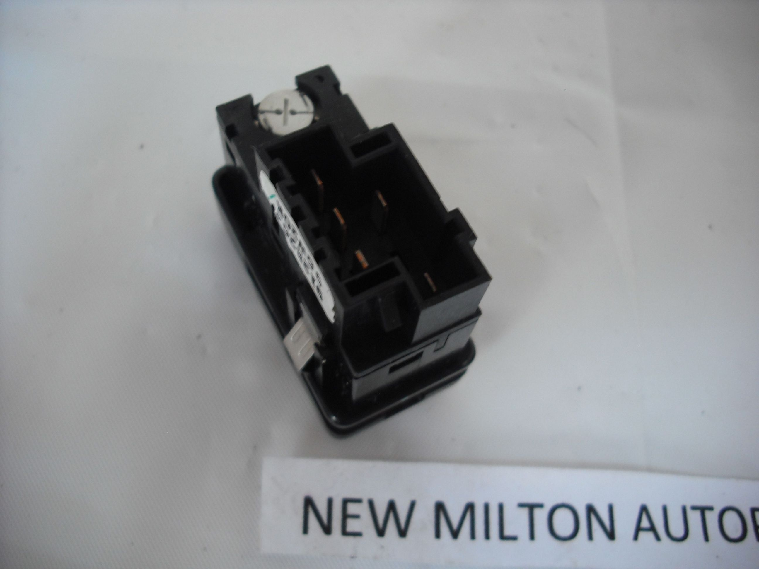 Volvo 850 v70 heated rear window demister and heated door for 1999 volvo v70 window switch